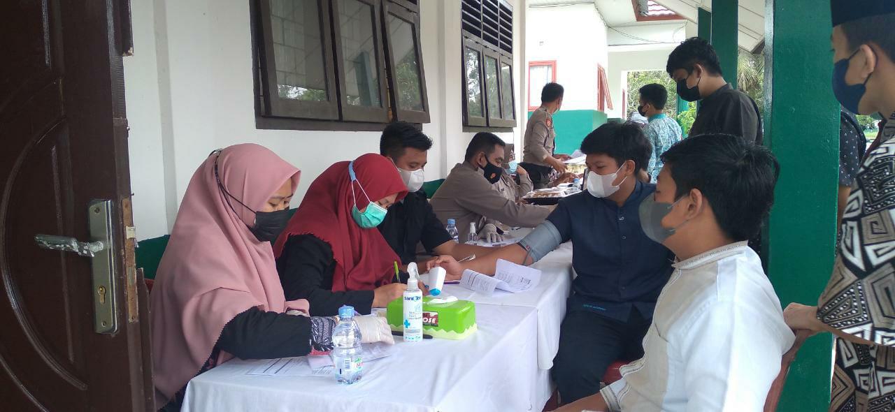 Bahrul Ulum Sungailiat  Adakan Vaksinasi Bagi Santri/wati